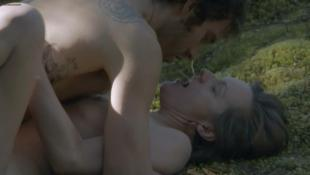 Elisabeth Moss nude sex outdoors - Top Of the Lake (2013) e5 hd720p