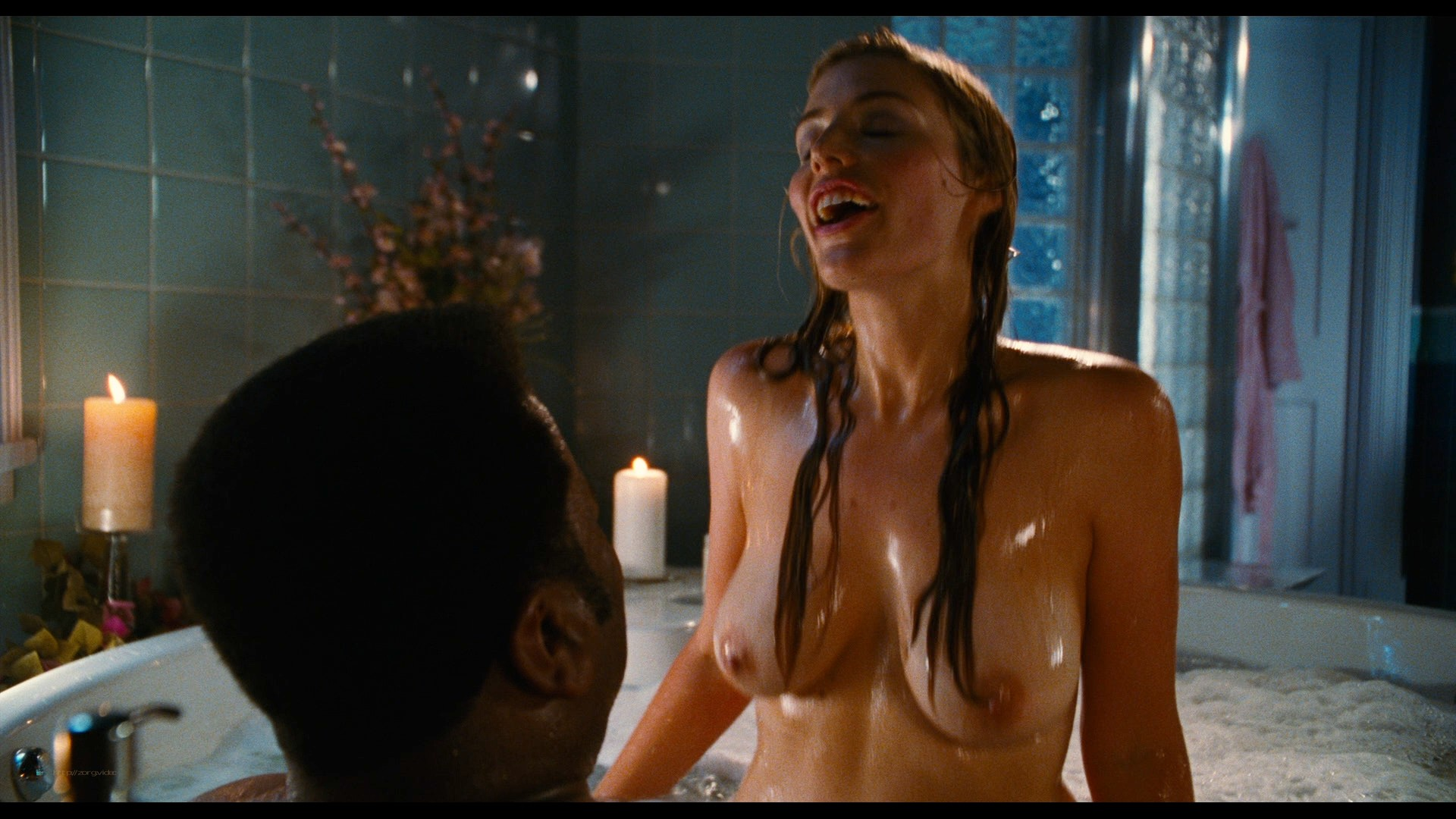 Jessica Pare nude Crystal Lowe topless Lyndsy Fonseca hot and sexy - Hot Tub Time Machine (2010) HD 1080p BluRay REMUX (10)
