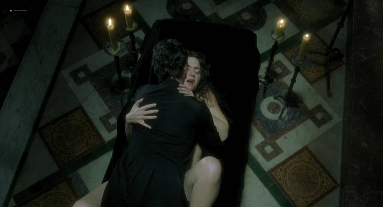 Kate Winslet and Rebecca Palmer naked Amelia Warner hot sexy - Quills (2000) HD 720p (14)