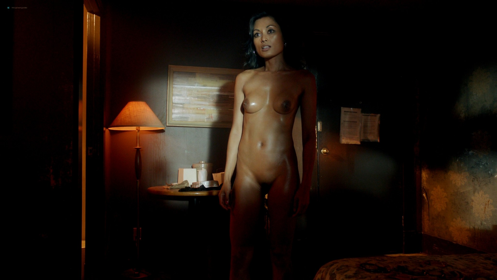 Kira Clavell nude full frontal Leah Gibson nude sex - Rogue (2013) s1e3 HD 1080p (3)