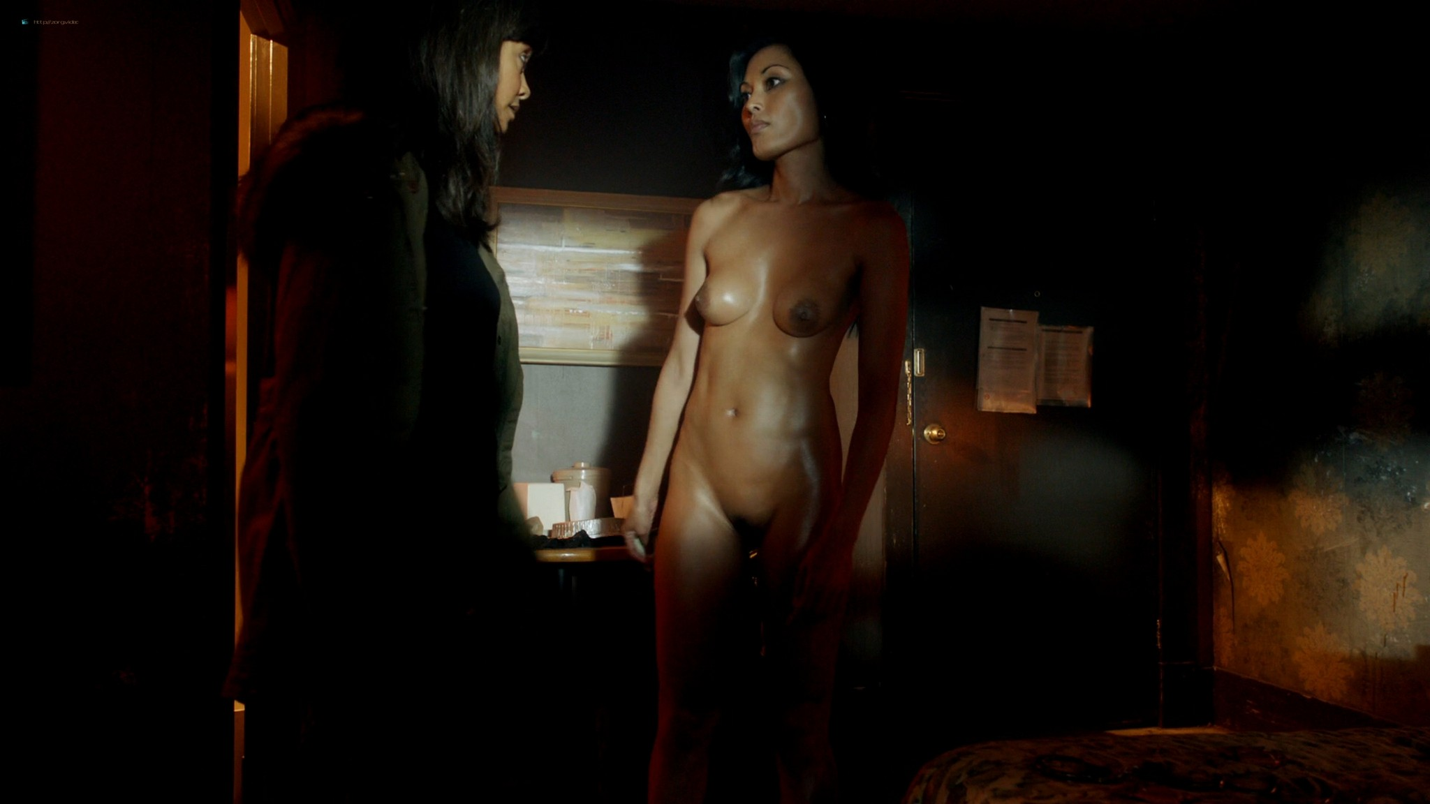 Kira Clavell nude full frontal Leah Gibson nude sex - Rogue (2013) s1e3 HD 1080p (2)