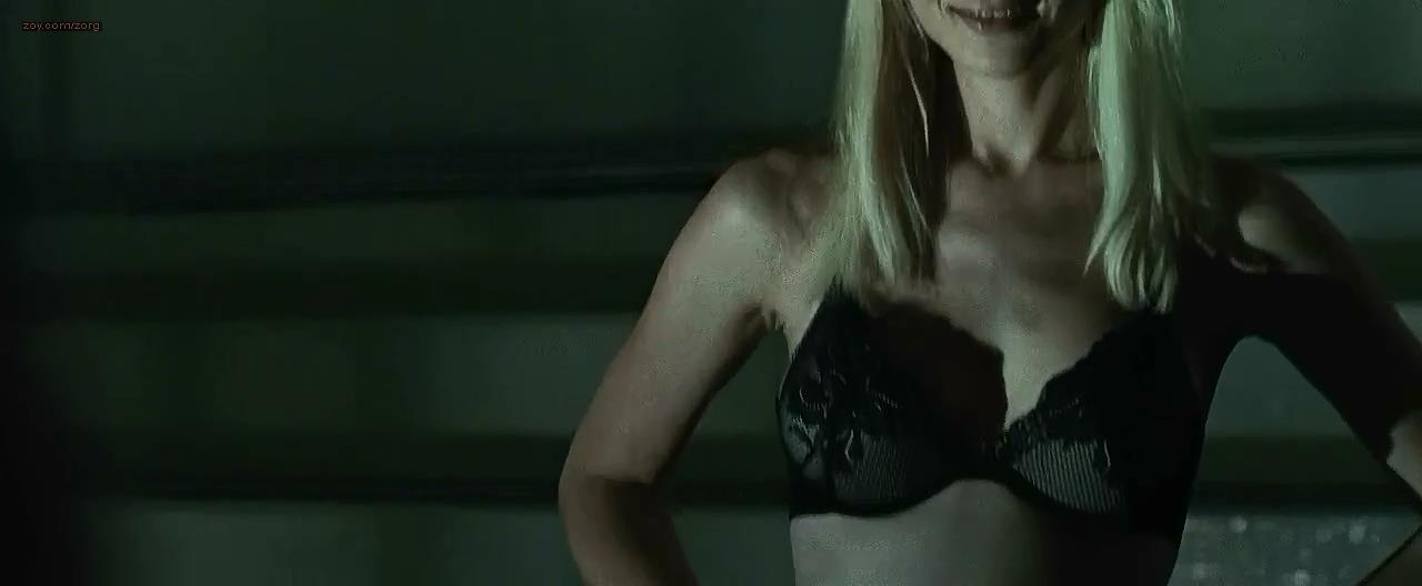 Kristen Hager sexy stripping to bra and panties - Alien vs Predator - Requiem (2007) hd720p