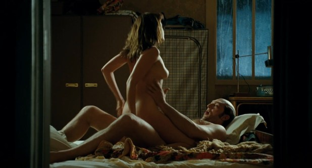 Ludivine Sagnier nude topless hot sex - Mesrine Public Enemy No 1 (FR-2008) hd1080p BluRay (4)