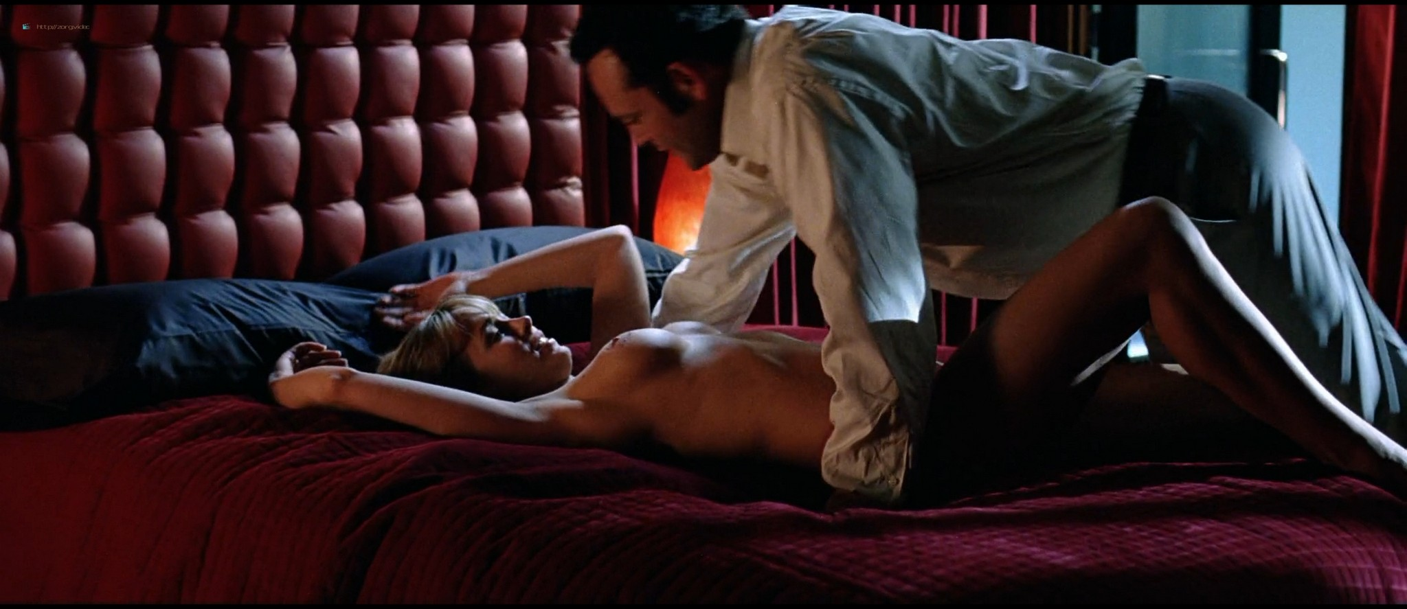 Diora Baird nude topless huge boobs others nude too - Wedding Crashers (2005) HD 1080p BluRay (11)