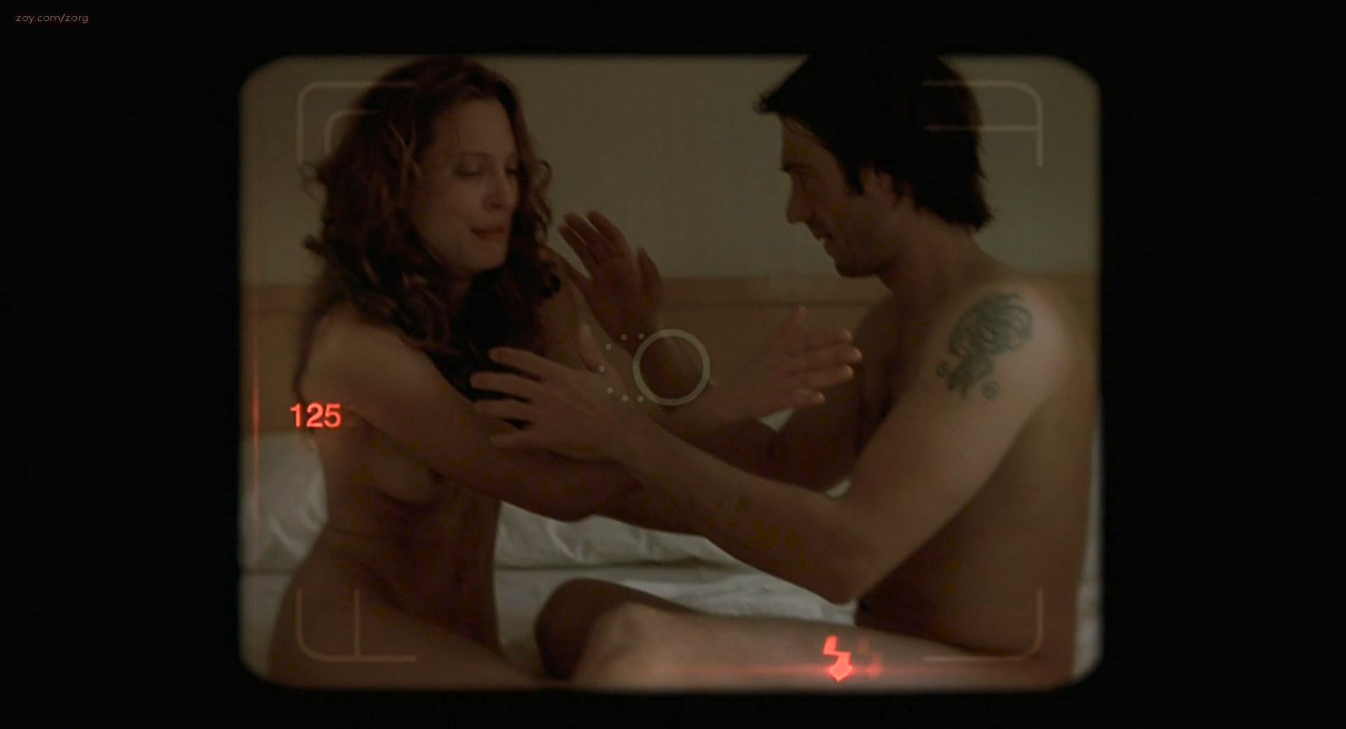 Erin Daniels nude and full frontal bush and nude boobs - One Hour Photo (2002) hd1080p (2)