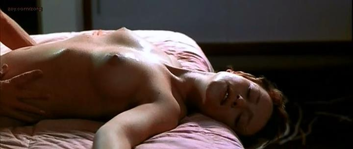 Susie Porter and Kelly McGillis all naked sex lesbian oral - The Monkey's Mask (2000)
