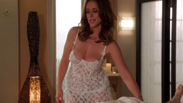 Jennifer Love Hewitt busty hot and huge cleavage - Client List s2e12 (2013) hd1080p (3)