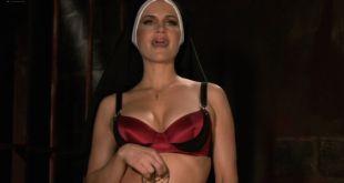 Adrianne Palicki, Emmanuelle Chriqui, Connie Britton, Caitlin Keats, Sarah Clarke and Marley Shelton all hot - Women in Trouble (2009) hd1080p (23)