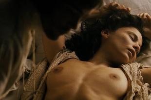 Anaya Elena nude topless and sex – Alatriste (2006) hd1080p