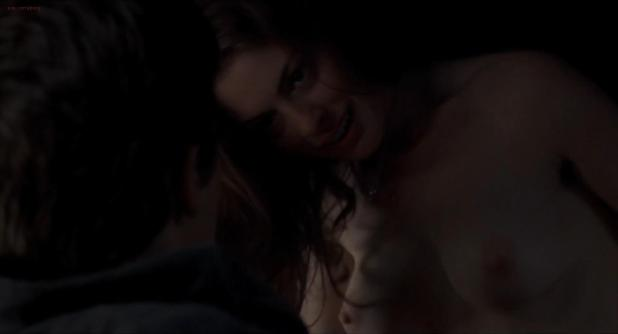 Anne Hathaway nude topless and sex in the car - Brokeback Mountain (2005) hd1080p