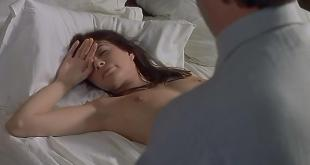 Carole Laure nude topless - La menace (1977)
