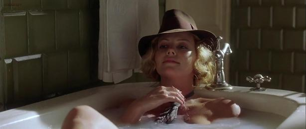 Charlize Theron hot and Penelope Cruz hot sex threesome - Head in the Clouds (2004) hd720p (4)