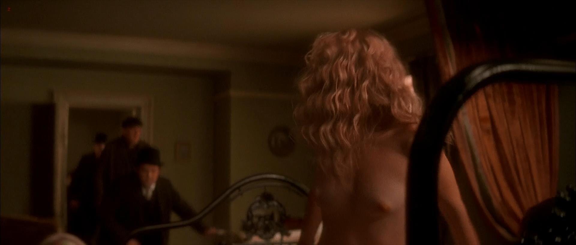Nackt Joanna Roth  Joanna Taylor