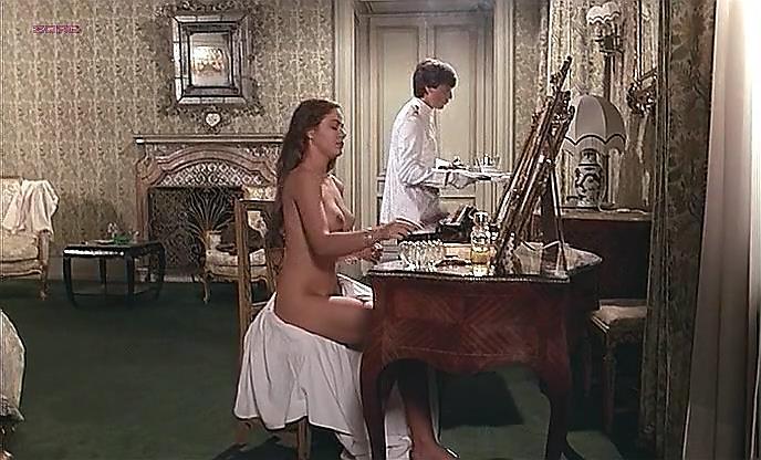 Ornella Muti full nude and sex - La ragazza di Trieste (1982)