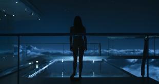 Andrea Riseborough nude skinny dipping - Oblivion (2013) hd1080p