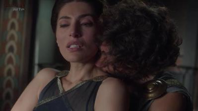 Caterina Murino nude topless and sex - Odysseus s01e6