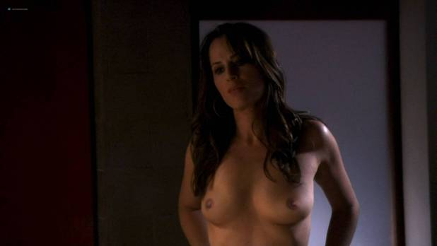 Paula Marshall nude topless Brooke Banner topless Madeline Zima hot - Califonication (2007) s1e2 HD 1080p (4)