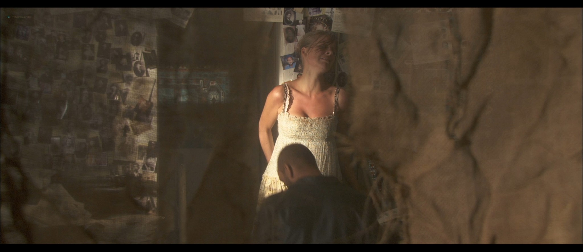 Tess Panzer hot sexy and nice cleavage - Blood River (2009) HD 1080p (2)