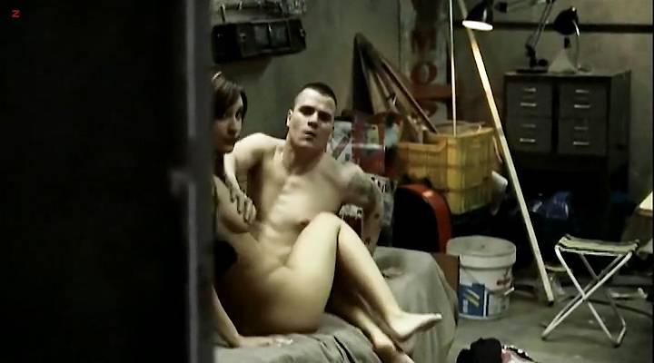 Verenica Echegui nude topless and sex Laya Martí and Joana Lopez nude topless - Yo soy la Juani (1990) (6)