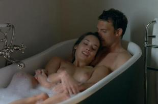Carole Brana nude and sex threesome Nadia Chibani nude and Lise Bellynck nude topless and sex – A l aventure (2008)