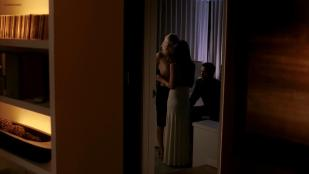 Malin Akerman nude topless and lesbian kiss with Emmanuelle Chriqui striping to nude topless but only side boob - Entourage (2006) s3e6 hd720p