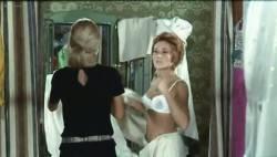 Marlene Jobert nude butt and nipple slip - Le Passager de la pluie (FR-1970) (9)