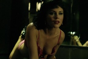 Rachael Taylor hot stripping sexy in lingerie and nipple peak – Cedar Boys (AU-2009) hd1080p