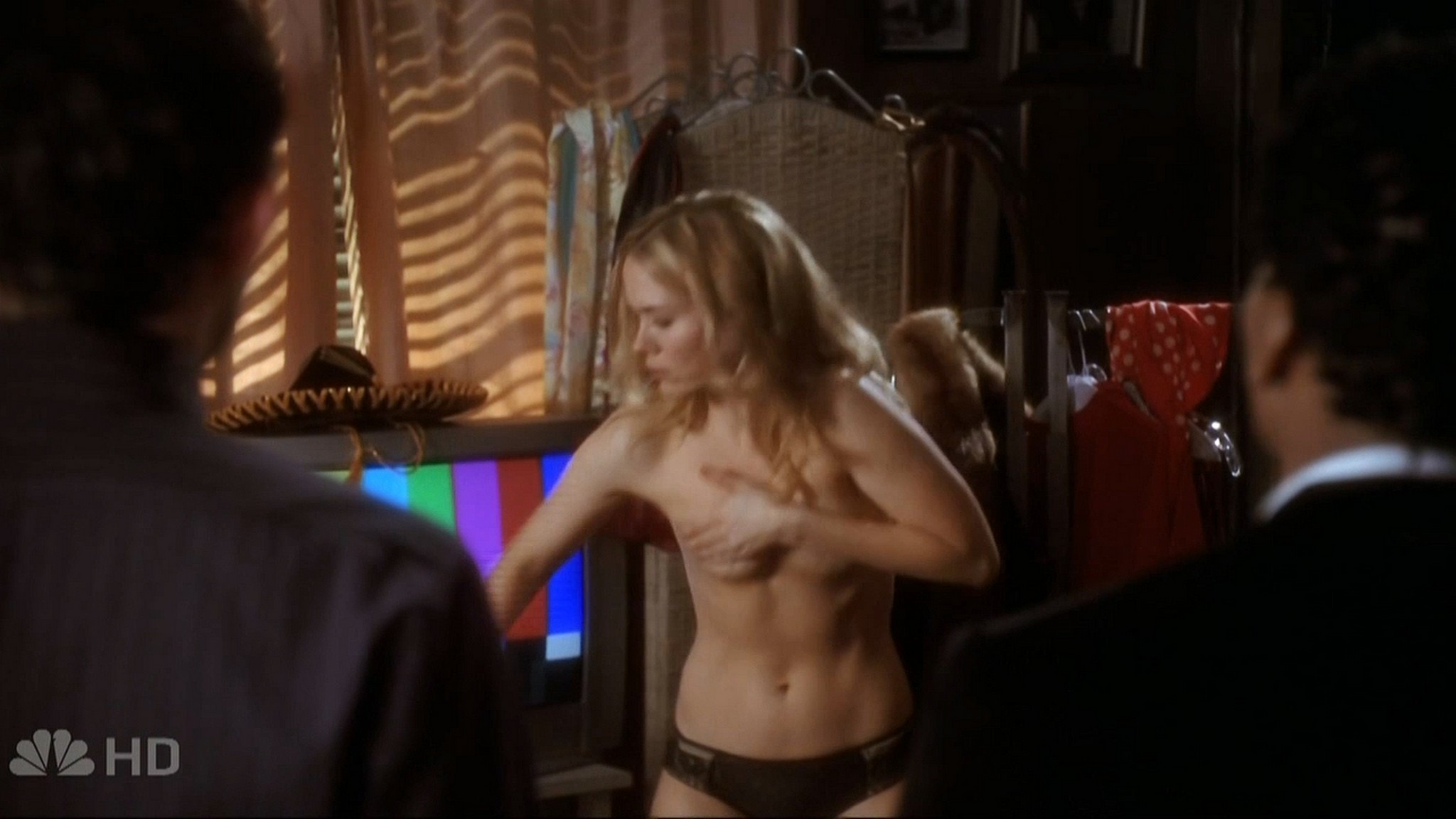 Sarah Paulson sexy - Studio 60 on the Sunset Strip (2006) s1e6 HD 720p (4)