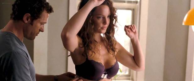 Katherine Heigl nude in the shower but covered the good parts - One for the Money (2011) HD 1080p (2)