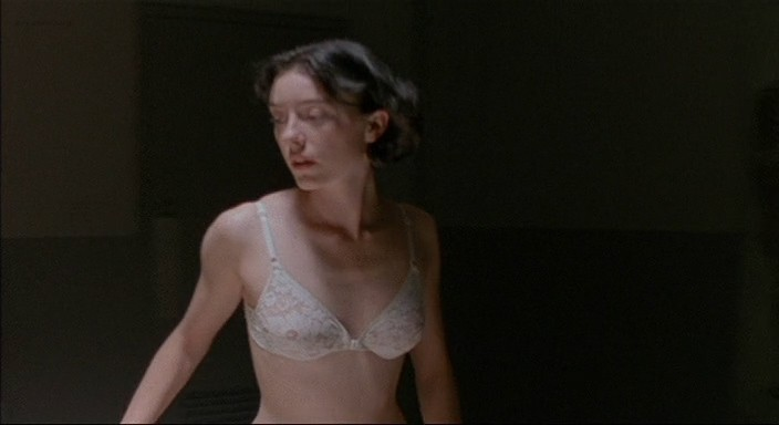 Molly Parker full frontal nude and sex with the dead dude - Kissed (1996) 480p (9)