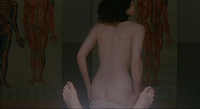 Molly Parker full frontal nude and sex with the dead dude - Kissed (1996) 480p (7)
