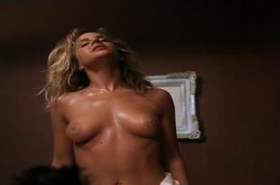 Julie Benz nude topless butt ann sex - Darkdrive (1997)