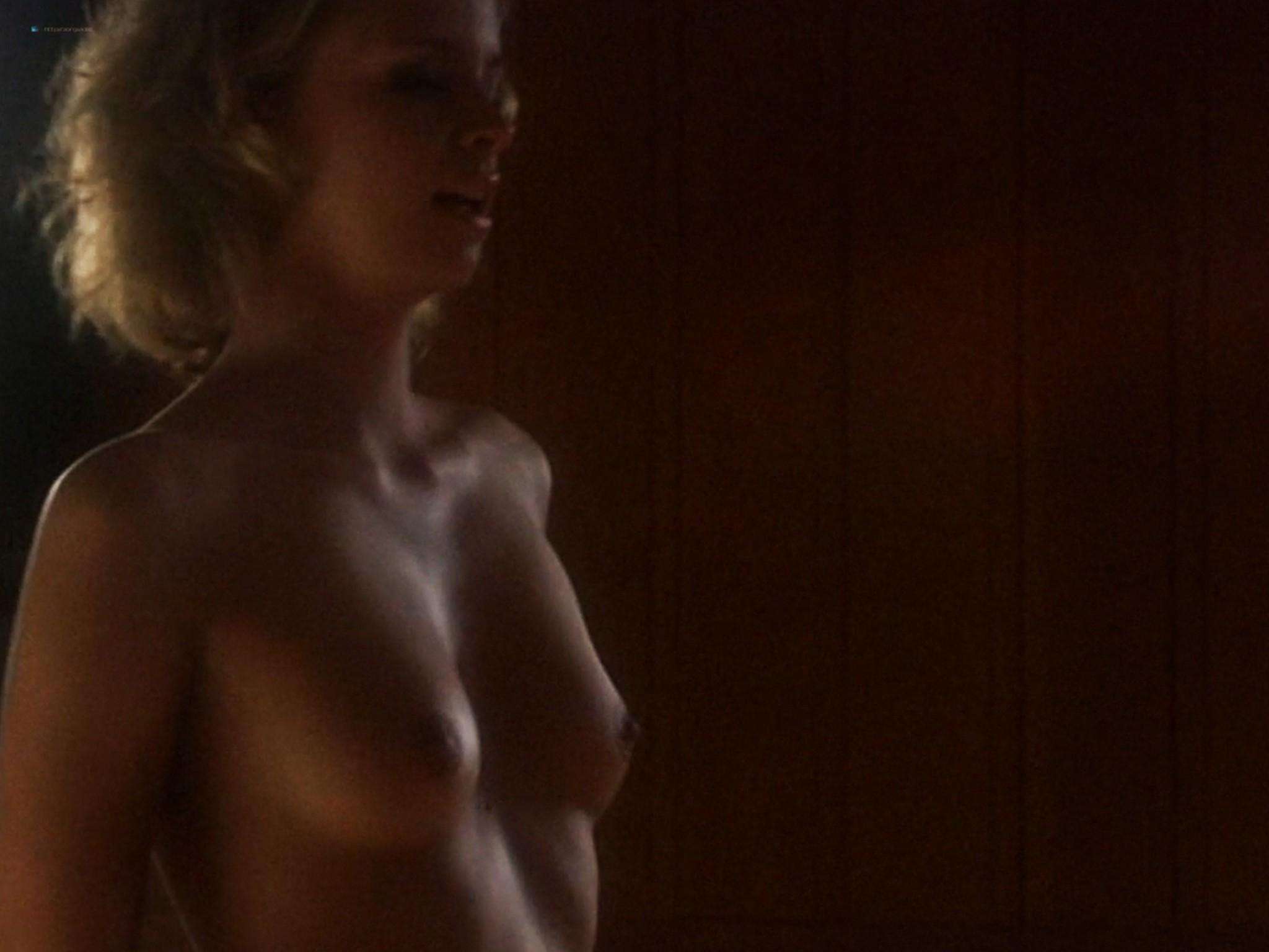 Lindsay Maxwell nude topless - Deep Evil (2004) HD 720p (4)