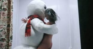 Shannon Elizabeth butt naked - Jack Frost (1997) HD 1080p BluRay (9)