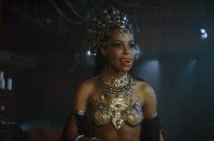 Aaliyah hot and sexy – Queen of the Damned (2002) hd1080p