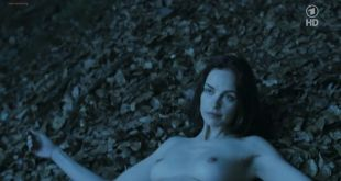 Nina Hoss nude full frontal bush and skinny dipping - Das Herz ist ein dunkler Wald (2008) HDTV 720p (10)