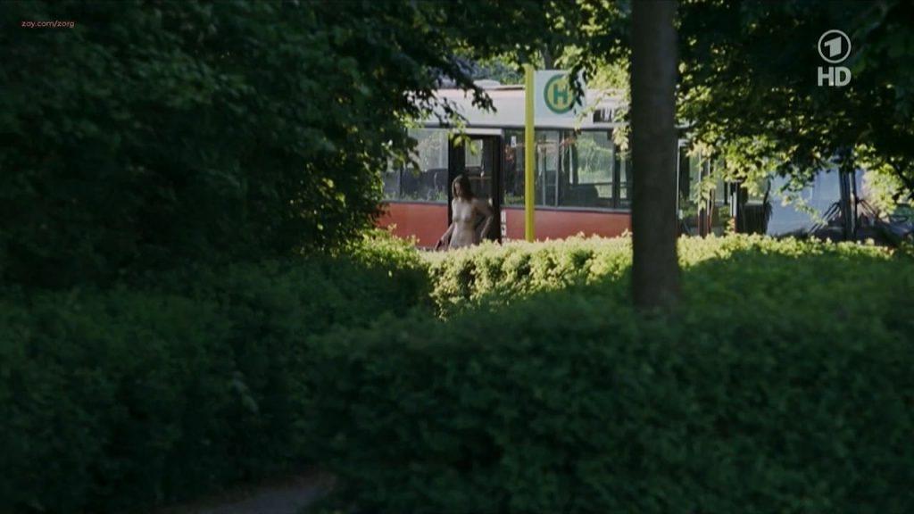 Nina Hoss nude full frontal bush and skinny dipping - Das Herz ist ein dunkler Wald (2008) HDTV 720p (4)