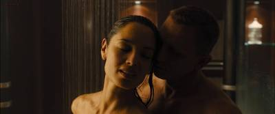 Bérénice Marlohe hot sexy and sex in the shower - Skyfall (2012) hd1080p (7)