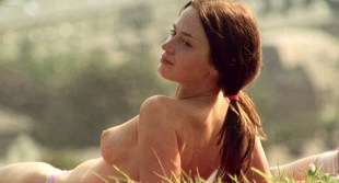 Emily Blunt nude topless and Natalie Press nude and some mild lesbian sex - My Summer of Love (2004) HD 1080p