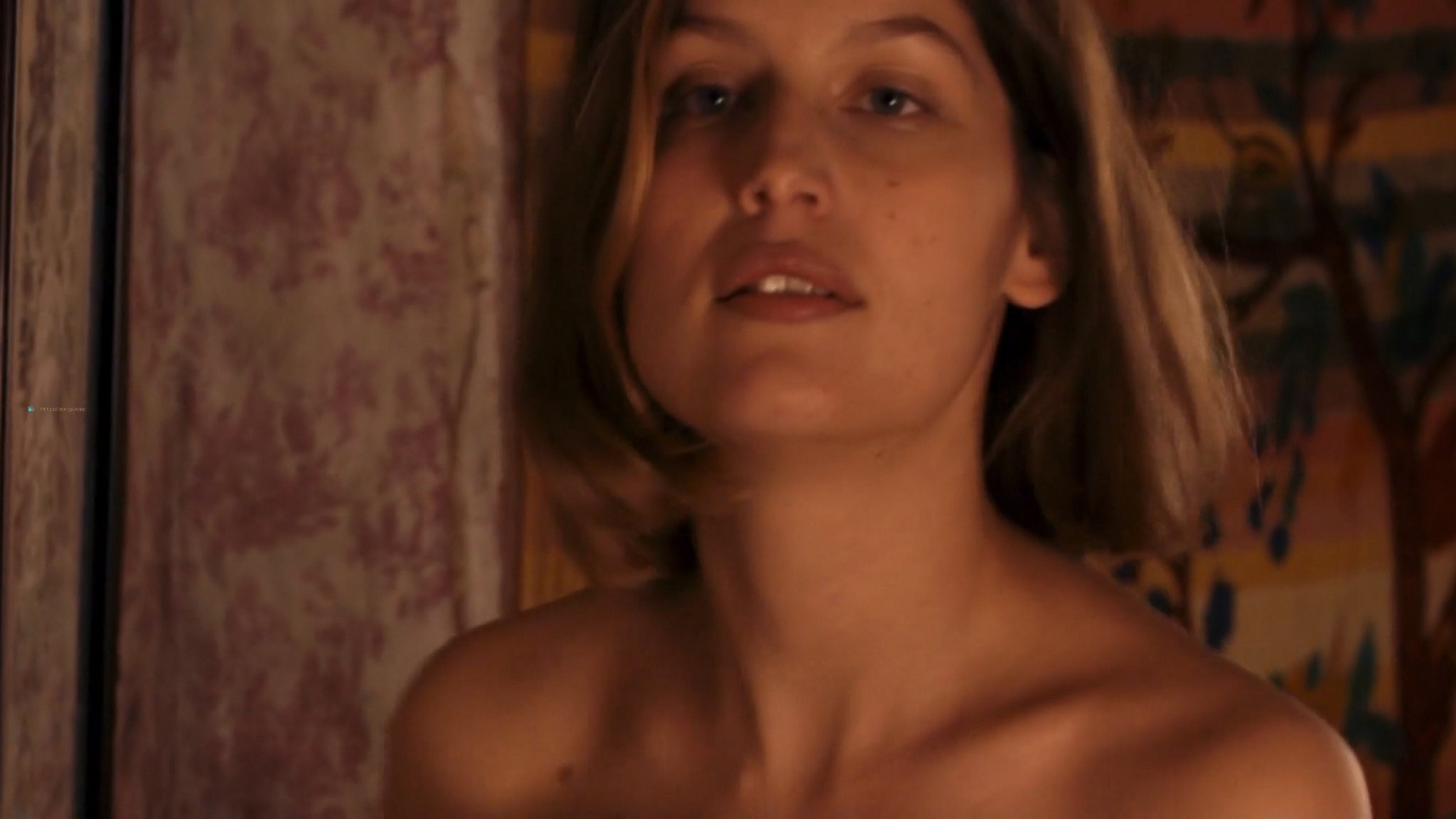 Laetitia Casta nude butt naked topless and hot sex - Nés en 68 (2008) HD 1080p (12)