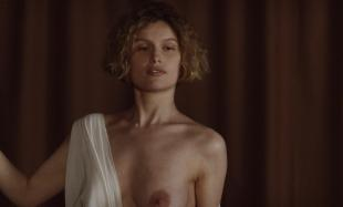 Laetitia Casta nude topless and very hot - La jeune fille et les loups (2007) hd1080p