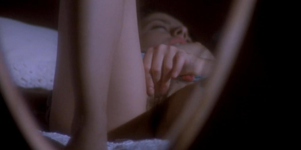 Anna Ammirati nude bush topless labia and pissing in Tinto Brass - Frivolous Lola (1998) hd1080p