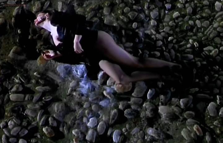 Laetitia Casta nude rough sex and Cristina Pena nude sex and bush in - Gitano (ES-2000) (7)