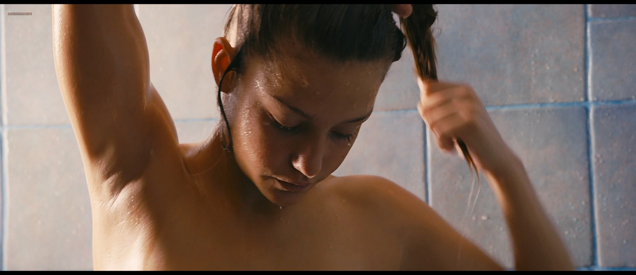 Lea Seydoux and Adele Exarchopoulos in explicit lesbian sex all nude - Blue Is the Warmest Color (2013) HD 1080p BluRay (1)