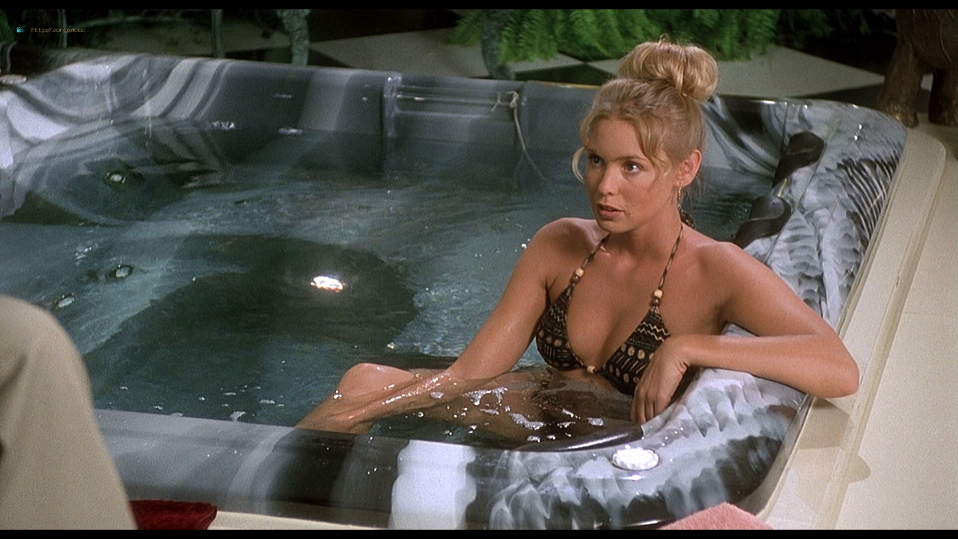 Olivia d'Abo hot and sexy in bikini and Nancy Travis hot in - Greedy (1994) HD 1080p BluRay (10)