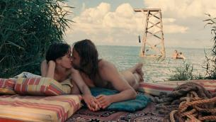 Deborah Francois full nude sex threesome and Maria Kraakman nude full frontal and skinny dipping in Dutch movie - My Queen Karo (2009) (10)
