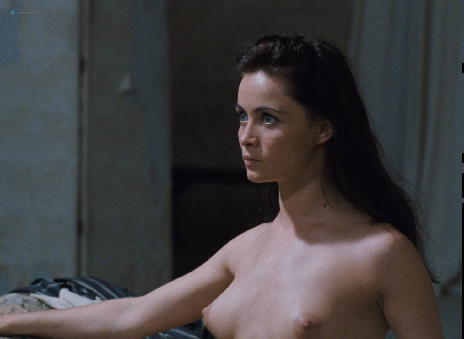 Emmanuelle Béart nude full frontal bush and nude modeling in - La belle noiseuse (FR-1991) HD 1080p BluRay (13)
