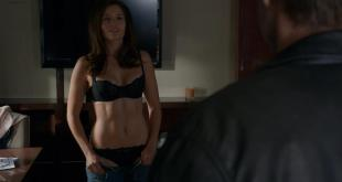 Heater Graham and Mercedes Masohn hot and sexy - Californication (2014) s7e8 hd720p