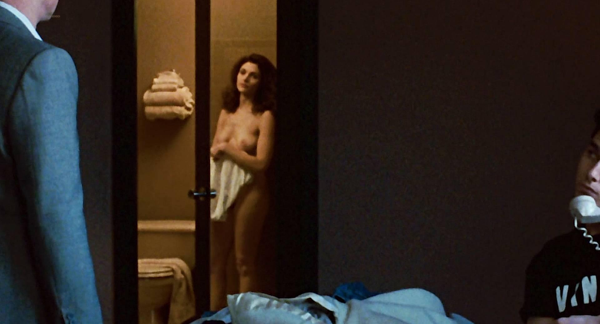 Mary elizabeth mastrantonio sex scene naked