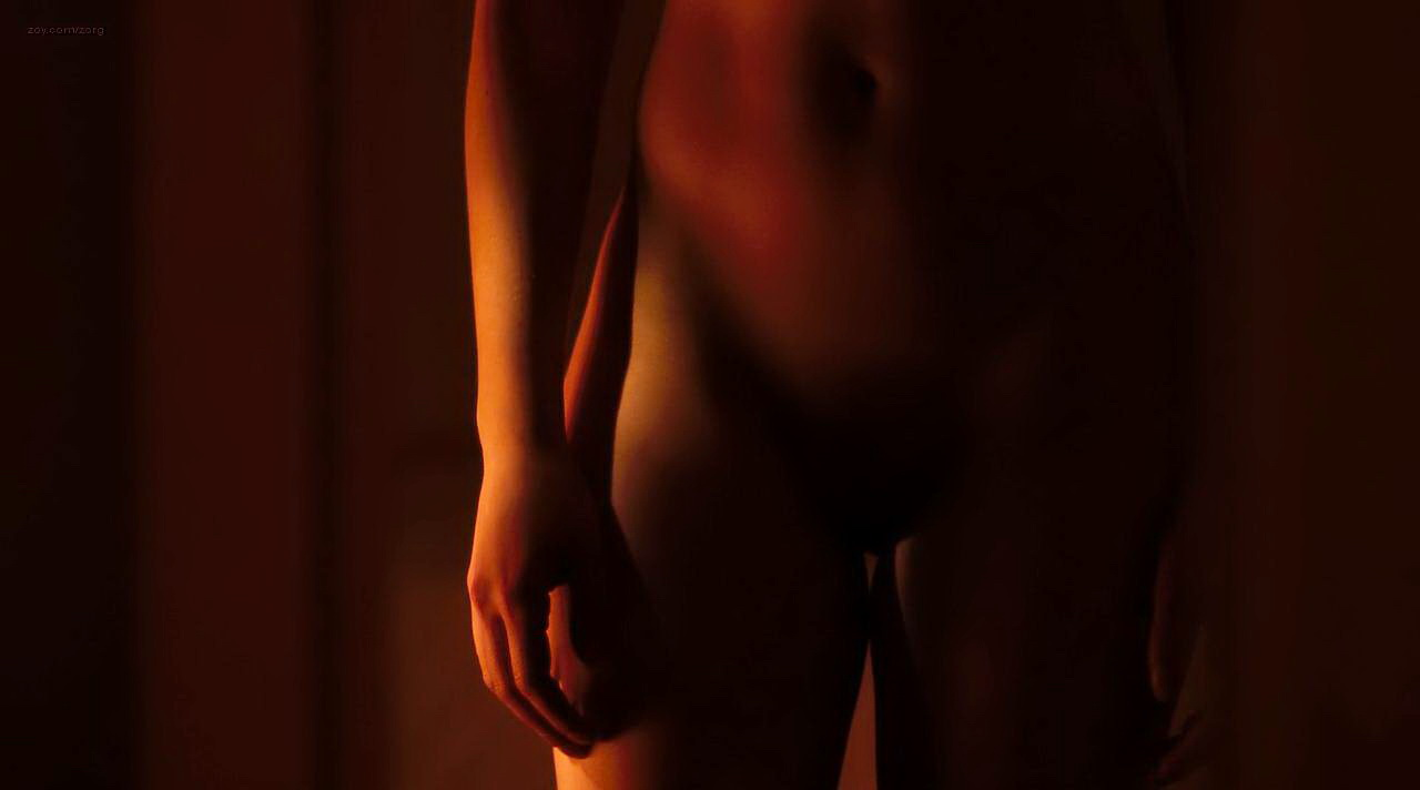 Scarlett johansson topless under the skin